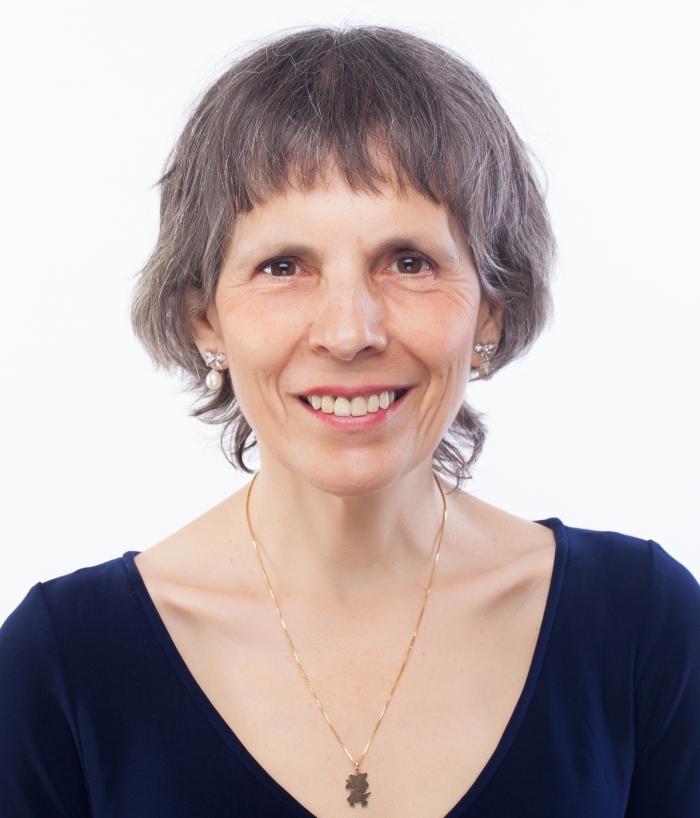 Nicola Lessing (Age 58)